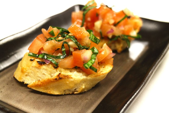 IMG_0483_Bruschetta-on-Grilled-Crustini